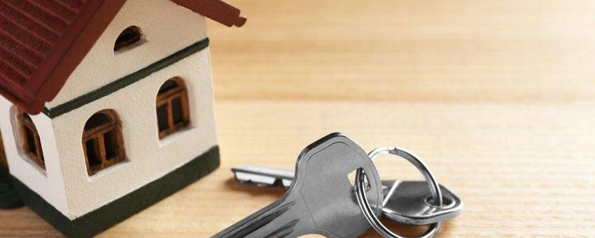 Pourquoi vendre son bien immobilier via une agence ?